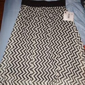 Lularoe skirt medium